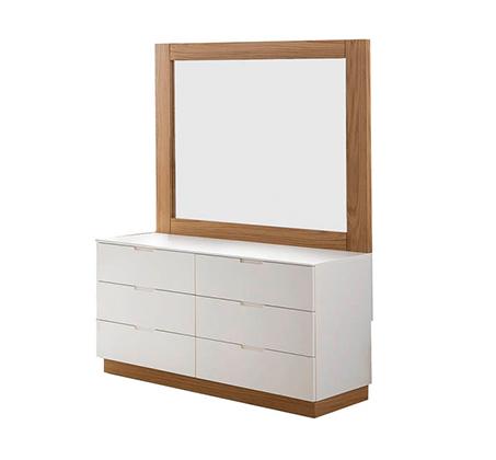 חדר שינה כולל מיטה זוגית, שתי שידות, קומודה ומראה עשוי עץ מלא משולב לבן מט דגם ווילג' LEONARDO - תמונה 5