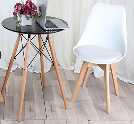 כיסא מודרני וצעיר לפינות אוכל וחדרי עבודה בריפוד דמוי עור עם רגלי עץ אורן מלא במבחר גוונים  - תמונה 4