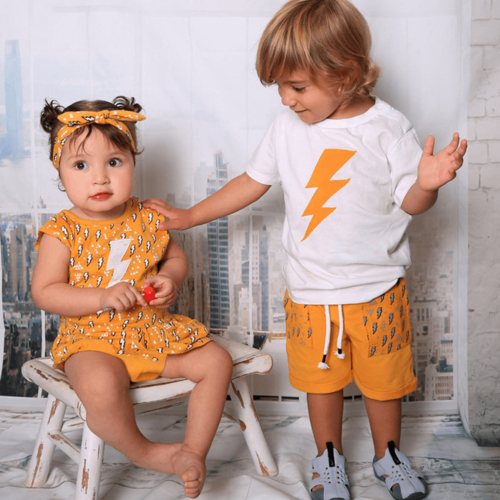 Oro חליפת טריקו (3 חודשים-6 שנים) - לבן ברק צהוב