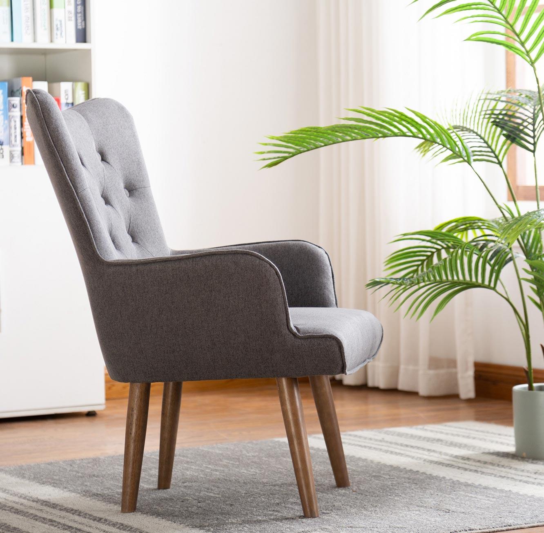 כורסת יחיד בעיצוב מודרני בעלת ריפוד לישיבה נוחה ונעימה ניצבת על רגלי עץ  - תמונה 3