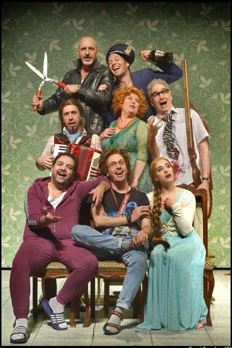 שובר פתוח ל-4 כרטיסים באולם למגוון הצגות בתיאטרון הקאמרי ב-₪299 בלבד - תמונה 4