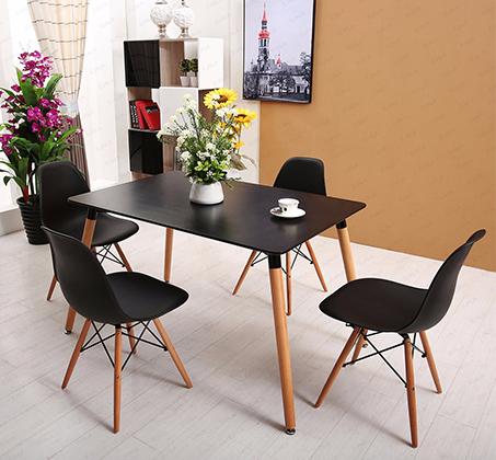 פינת אוכל בעיצוב אלגנטי מעץ + 4 כסאות במבחר צבעים