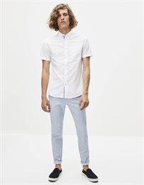 חולצה מכופתרת קצרה בגזרת slim