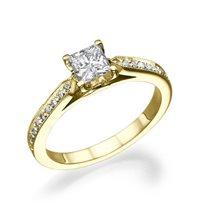 טבעת בשיבוץ פרינסס 0.60 קראט E/Vs2