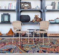 שטיח צמר בעבודת יד עלים כחול כהה במגוון גדלים לבחירה