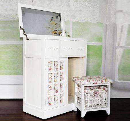 מאוד שידת איפור מעץ בצבע לבן, הכוללת מראה מתקפלת, 3 מגירות וכיסא תואם ZZ-95