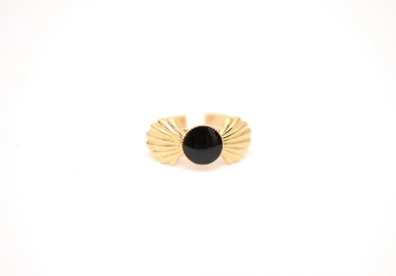 טבעת צדף שחורה