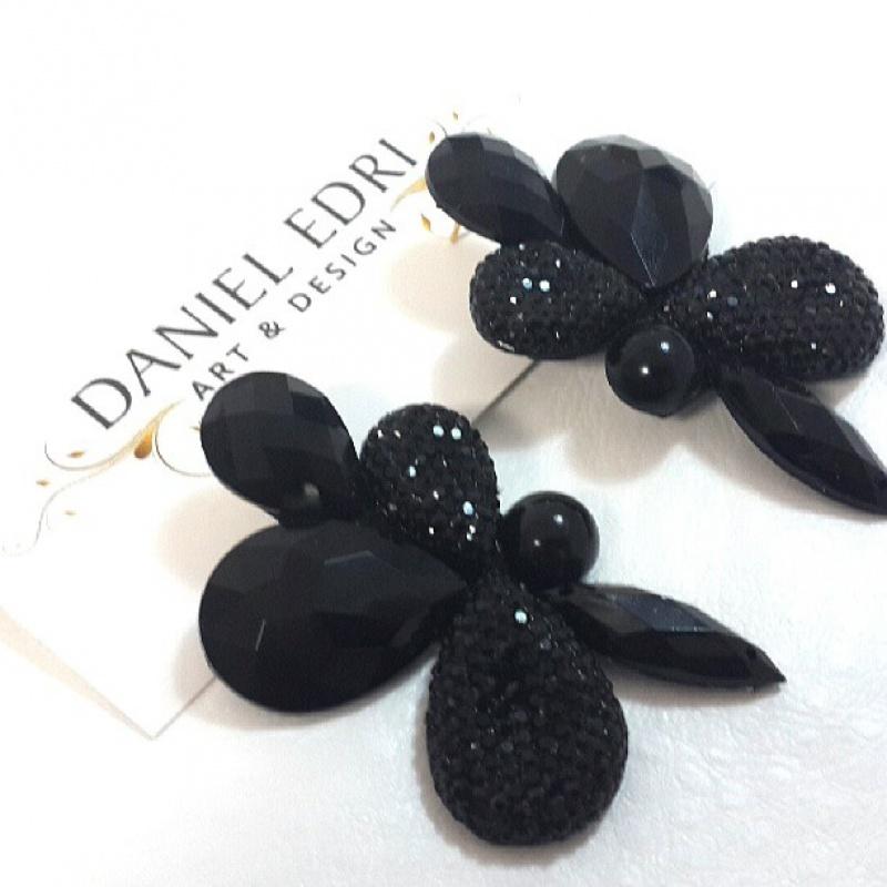 עגיל הפרח השחור 2