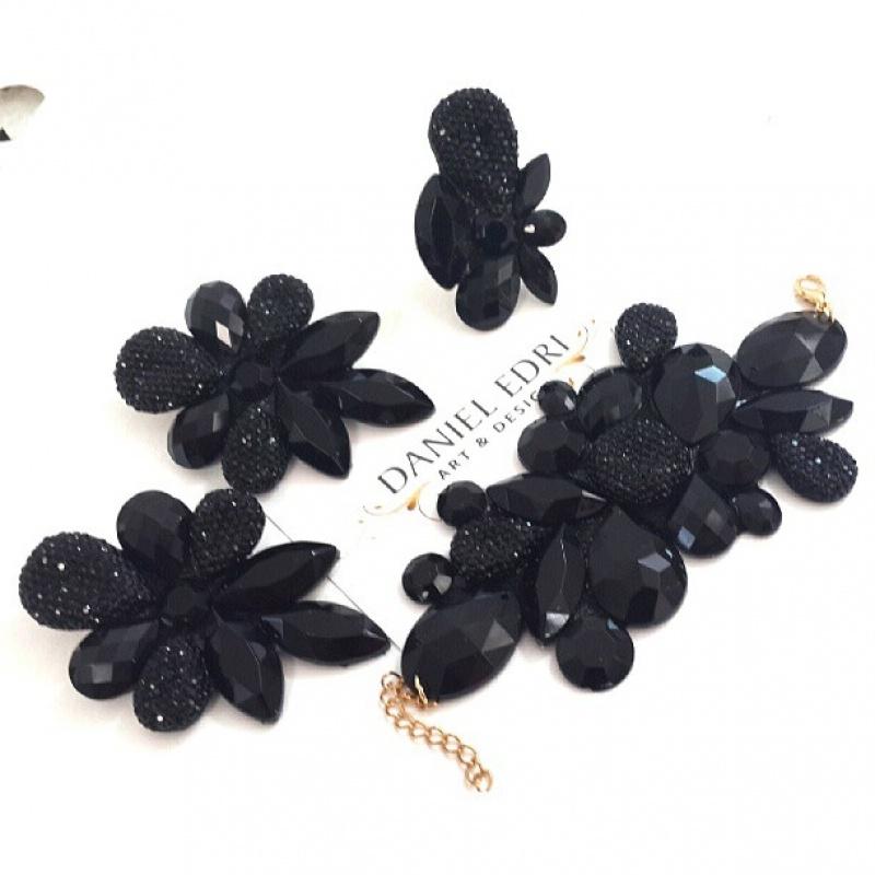 צמיד דאני שחור מעוטר