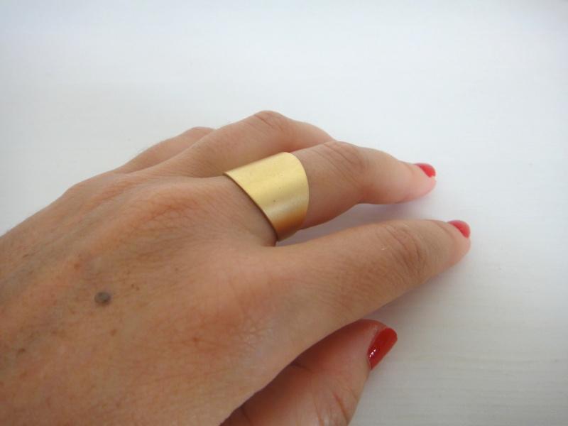 טבעת רחבה