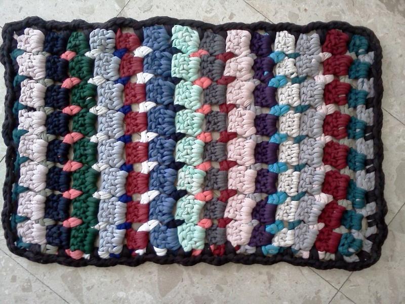 שטיחון סרוג בעבודת יד 41/65 ס