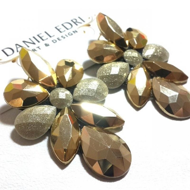 עגיל שר- גווני זהב
