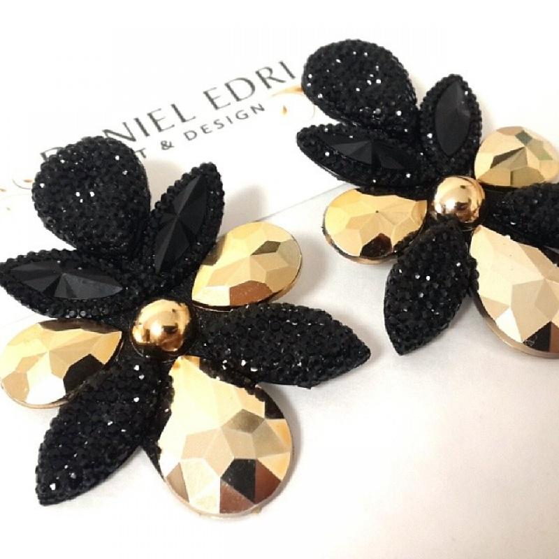 עגיל הכוכבים 2- שחור זהב