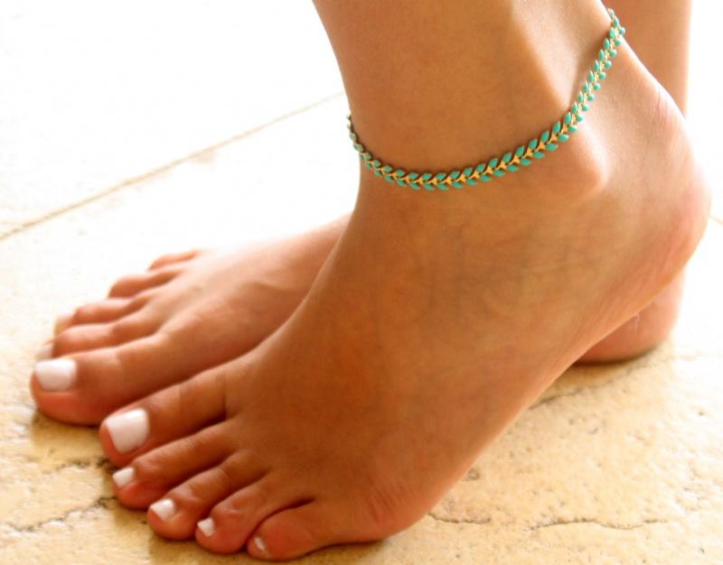 צמיד רגל - צמיד טורקיז לרגל - צמיד רגל אופנתי - צמידי רגלים - תכשיטי חוף - תכשיטי קיץ - צמיד רגל חיצים טורקיז