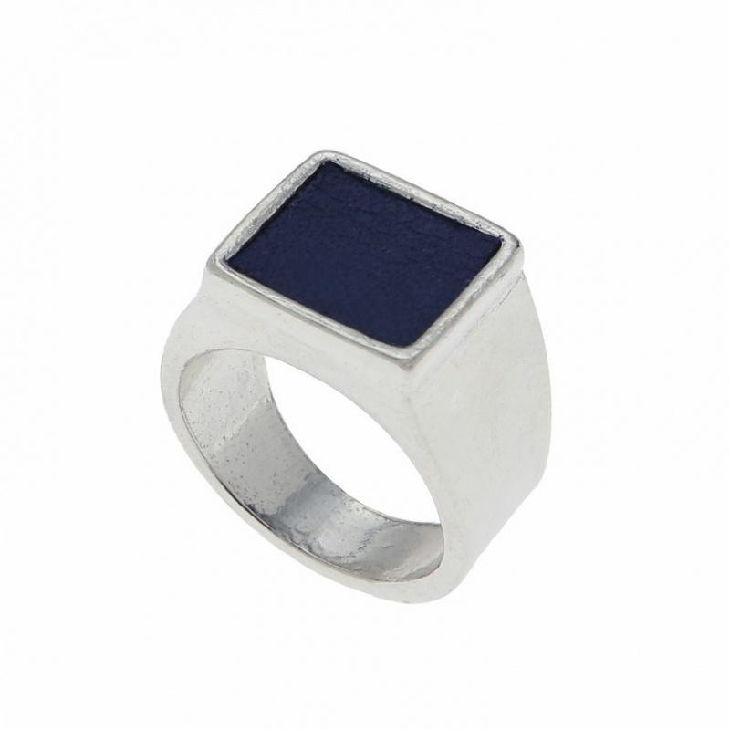 טבעת חותם עם עור לזרת כסף