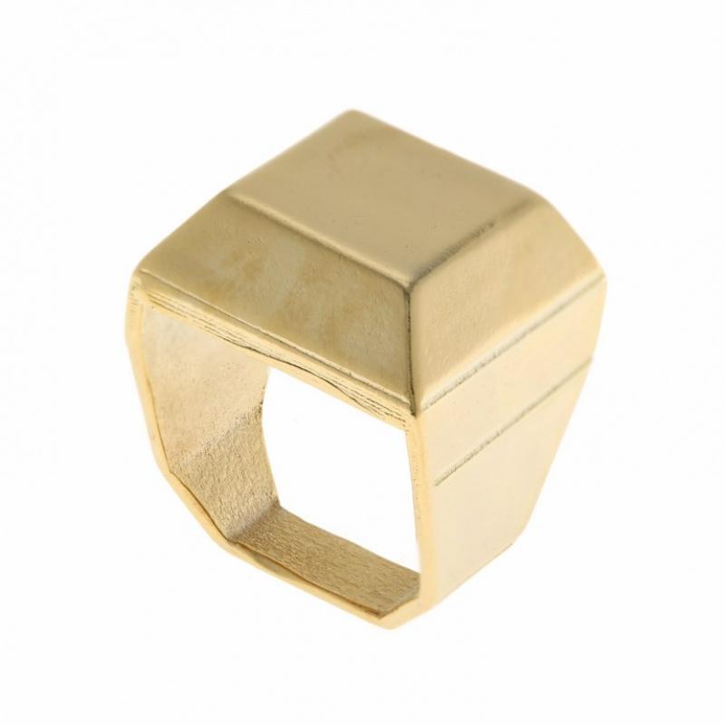 טבעת מרובעת 3D