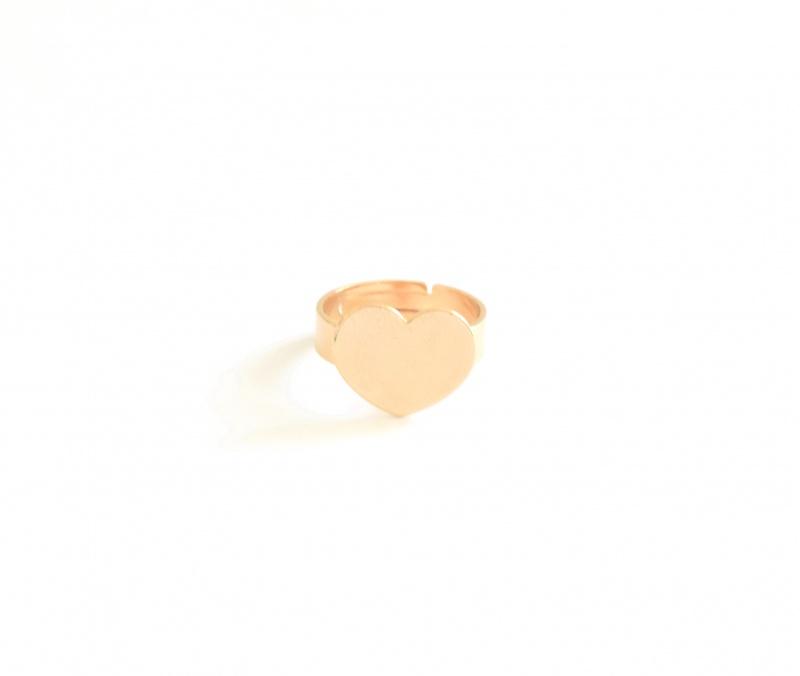 טבעת לב גולדפילד עם חריטה