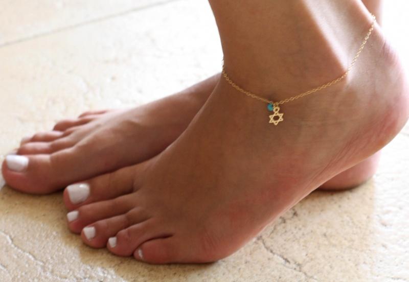צמיד רגל - צמיד זהב לרגל - צמיד מגן דוד לרגל - צמיד יודאיקה לרגל - צמיד רגל אופנתי - צמידי רגלים - תכשיטי חוף - תכשיטי קיץ - צמיד רגל גולדפילד מגן דוד
