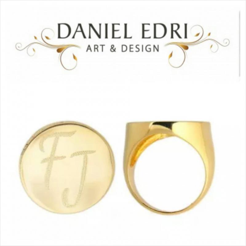 טבעת חותם- חריטה