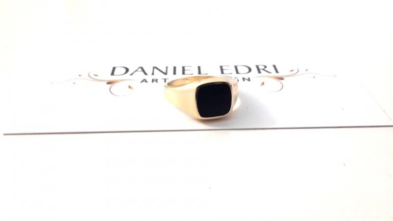 טבעת חותם שחורה