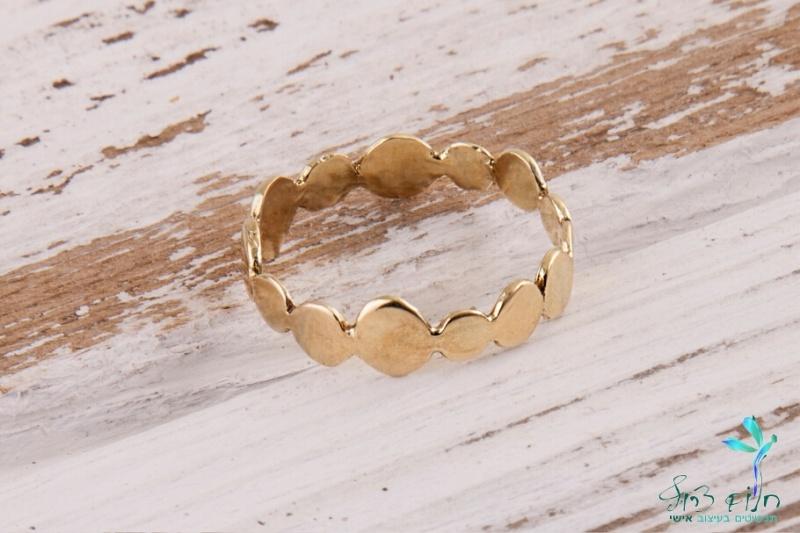 טבעת עיגולים מזהב 14 קראט