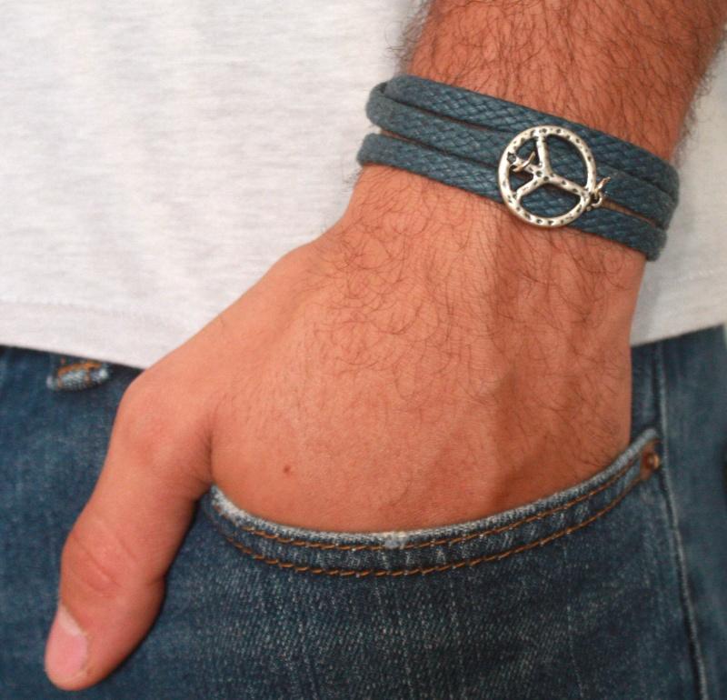 צמיד לגבר - צמיד סמל השלום לגבר - צמיד פיס לגבר - צמיד כחול לגבר - צמיד בד לגבר - צמיד בד חום לגבר עם עוגן כסף