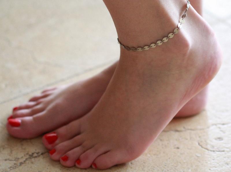 צמיד רגל - צמיד כסף לרגל - צמיד רגל אופנתי - צמידי רגלים - תכשיטי חוף - תכשיטי קיץ - צמיד רגל כסף עיגולים