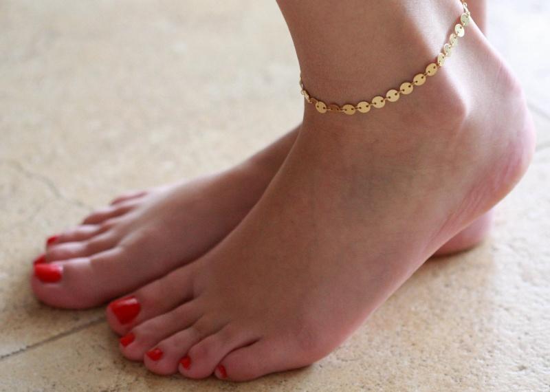 צמיד רגל - צמיד זהב לרגל - צמיד רגל אופנתי - צמידי רגלים - תכשיטי חוף - תכשיטי קיץ - צמיד רגל זהב עיגולים