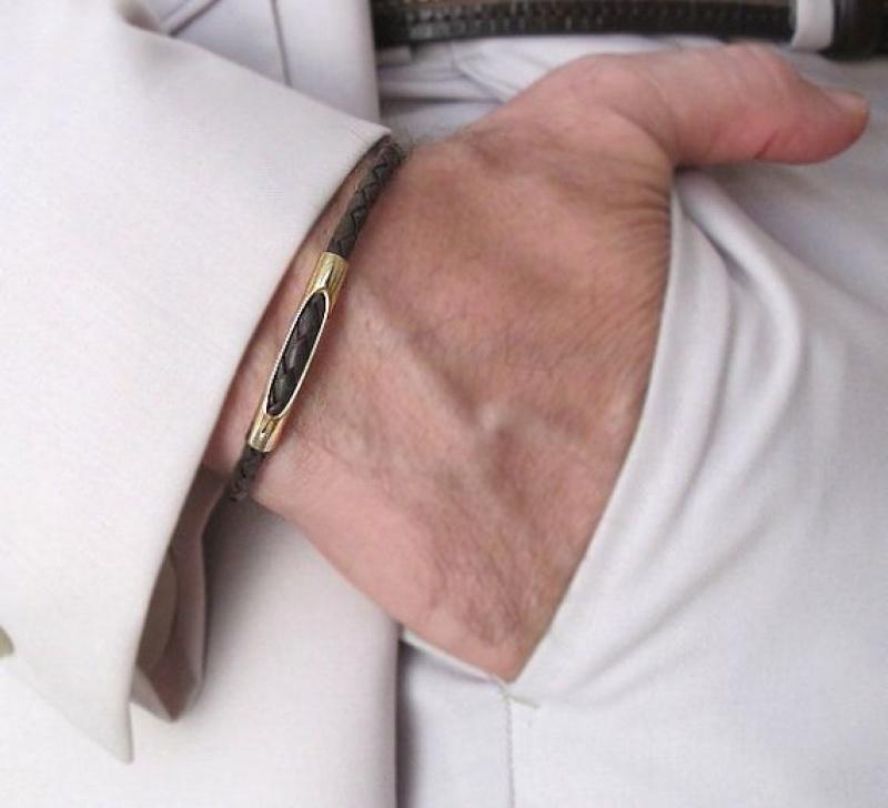 צמיד עור לגבר - צמיד זהב לגברים - תכשיטי גברים - צבע שחור או חום - מתנה לגבר - מתנה לבן זוג - תכשיטי גברים