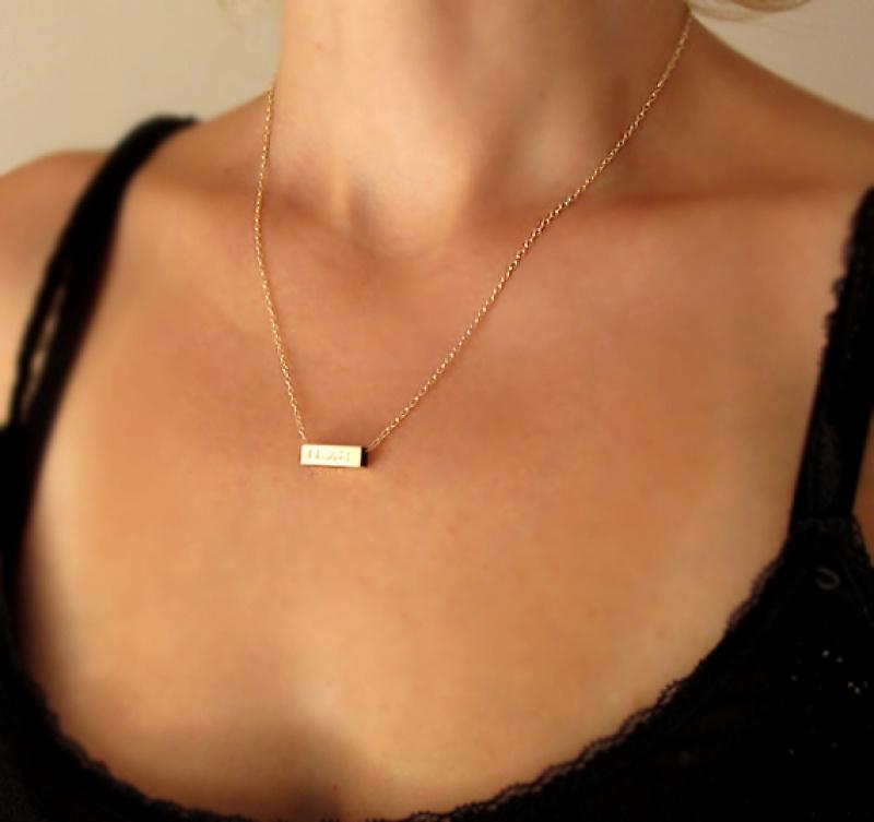 שרשרת עם אותיות - שרשרת גולדפילד עם חריטה - שרשרת עדינה - שרשרת זהב - מתנה לת זוג - שרשרת שם