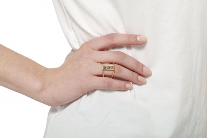 טבעת מדרגות זהב