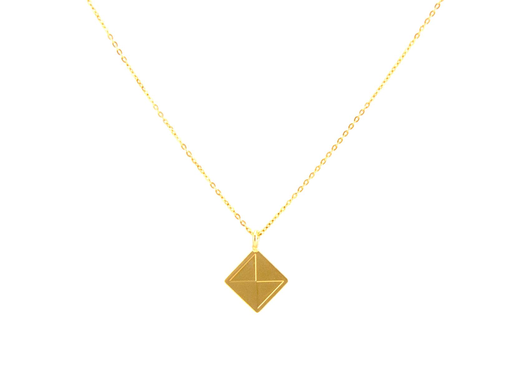 שרשרת ריבוע זהב מבריק