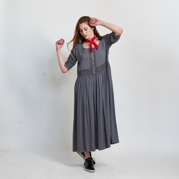 שמלת סולמות מקסי אפורה