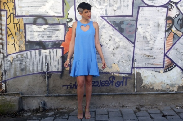 שמלת לב כחול
