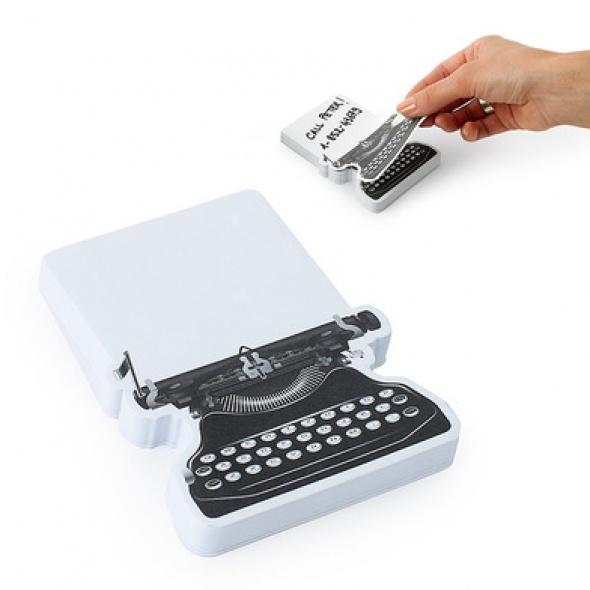 ממו מכונת כתיבה