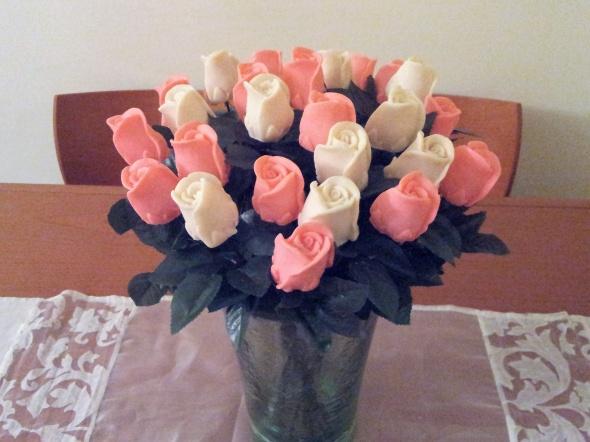 פרח ורד בודד גדול מסבון ריחני