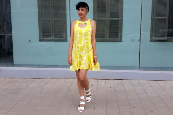 שמלת לב צהוב
