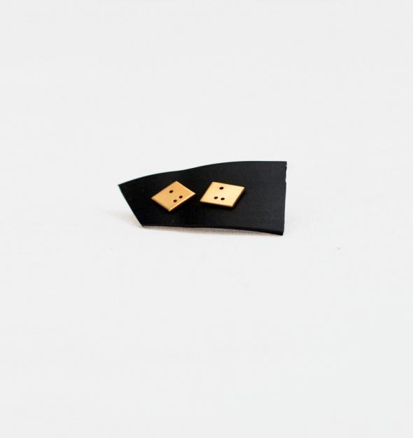 עגילי braillo בהתאמה אישית בעבודת יד