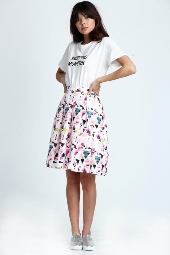 חצאית בלון משולשים צבעונית