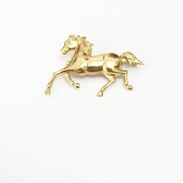 סיכת דש סוס פרא זהב