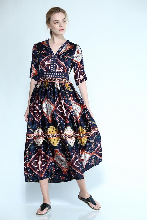שמלת מקסי בוהו הדפס גאומטרי-אתני