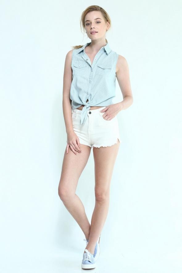 שורט ג'ינס גבוה לבן