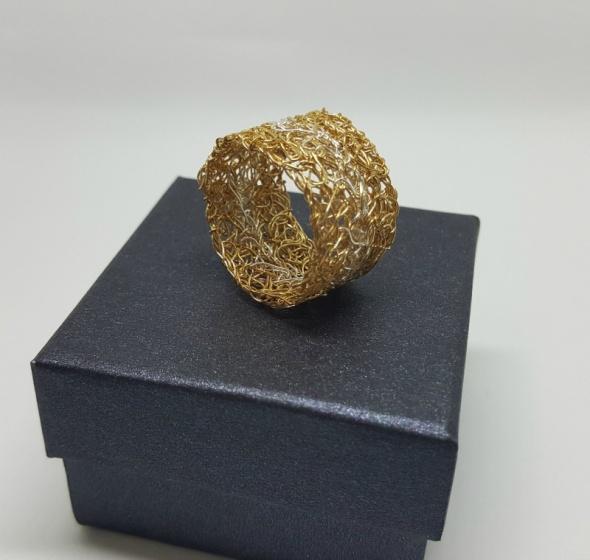 טבעת סרוגה גולדפילד וכסף 925