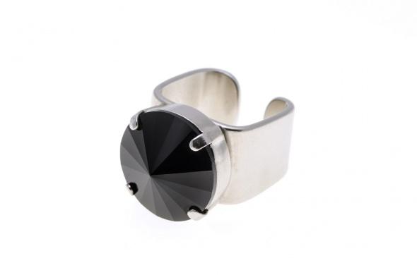 טבעת ריבולי כסף שחור