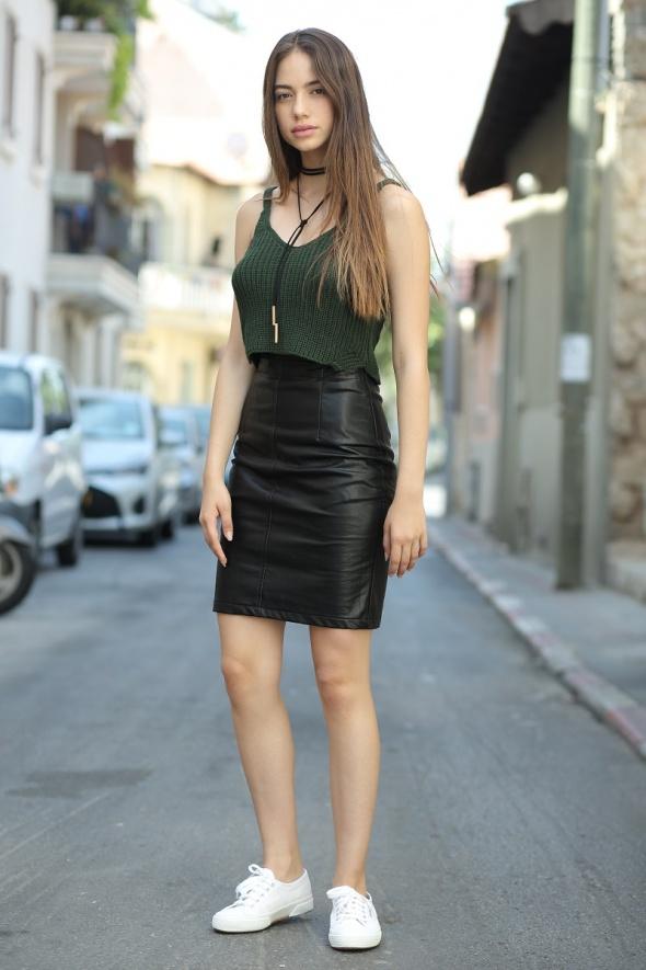 חצאית מידי דמוי עור ישרה