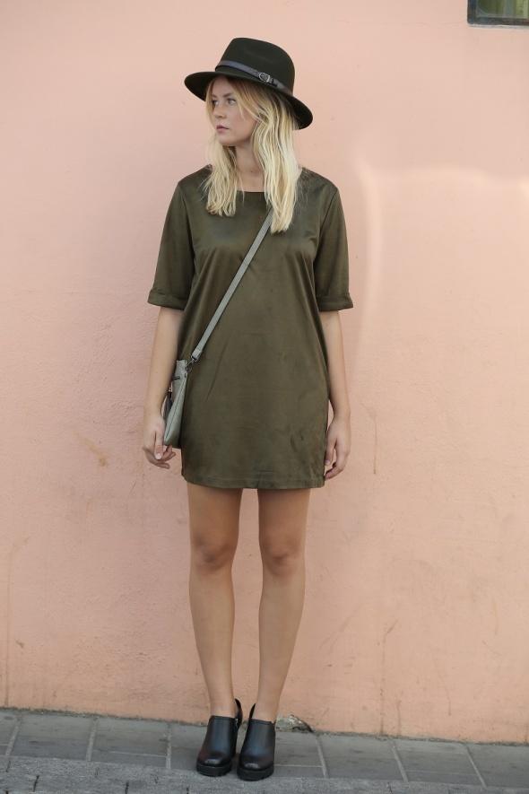 שמלת מיני דמוי זמש שרוול 3/4 + כיסים
