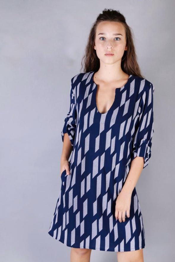 שמלת אורית