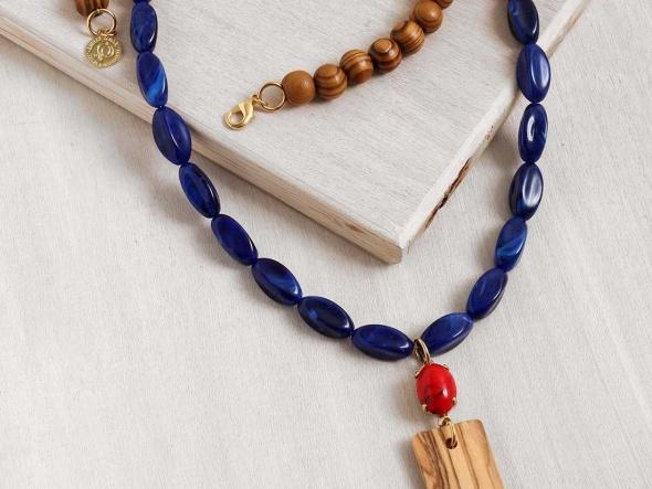 שרשרת תפילה כחול ועץ