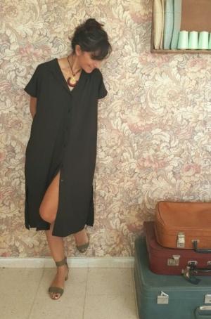 שמלת סאן שחורה
