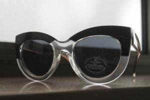 משקפי LOOPED